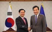 Phó Thủ tướng Vương Đình Huệ hội kiến Thủ tướng và Chủ tịch Quốc hội Hàn Quốc