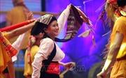 Liên hoan nghệ thuật quần chúng, trình diễn trang phục truyền thống các dân tộc vùng Đông Bắc