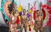 Tưng bừng lễ hội hóa trang Carnival Toronto
