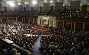 Hạ viện Mỹ thông qua dự luật tăng lương tối thiểu lần đầu tiên trong một thập niên