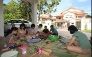 Người Việt tại Malaysia gìn giữ phong vị Tết cổ truyền