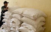 Bắt quả tang nhập lậu 5 tấn đường cát qua biên giới