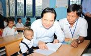 Bộ trưởng Bộ Giáo dục và Đào tạo Phùng Xuân Nhạ: Không chấp nhận bất cứ hành xử phi giáo dục nào của nhà giáo