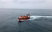 Khi nào cảnh sát biển thực hiện quyền truy đuổi tàu thuyền trên biển?