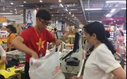 Mừng chiến thắng của đội tuyển Việt Nam, siêu thị giảm giá hơn 50% trong 3 ngày