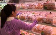 Thực phẩm tươi sống giảm sâu do ảnh hưởng của dịch bệnh