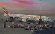 Bóc trần sự thật về máy bay đính kim cương của hãng hàng không UAE