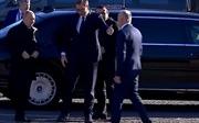 Tổng thống Putin mời người đồng cấp Serbia ngồi xe limousine bọc thép do Nga sản xuất