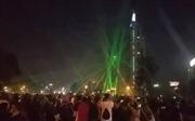 Người biểu tình Chile chiếu laser hạ UAV cảnh sát