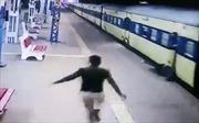 Video giải cứu kịp thời người đàn ông bị tàu hỏa kéo lê