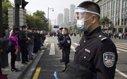 Video Trung Quốc mặc niệm nạn nhân COVID-19