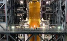 NASA hé lộ siêu tên lửa của sứ mạng Mặt trăng, cao hơn tượng Nữ thần Tự do