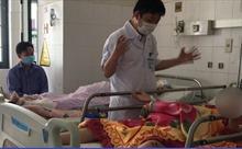 Cứu sống bệnh nhân bị xe container cán