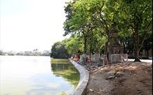 Hà Nội hối hả kè hồ, lát đá tự nhiên, chỉnh trang diện mạo hồ Gươm