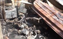 TP Hồ Chí Minh: Cháy rụi nhiều nhà dân và kho hàng ở Quận 9