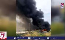 Cháy garage ôtô gần cao tốc thiệt hại nhiều tỷ đồng