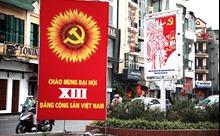 Phố phường Hà Nội rực rỡ cờ hoa chào mừng Đại hội XIII của Đảng