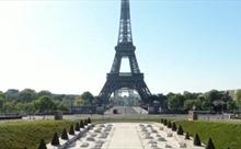 Tháp Eiffel sẽ thay màu sơn mới