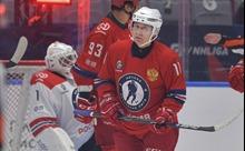 Tổng thống Nga Putin khuấy động giải khúc côn cầu, ghi liền 9 bàn