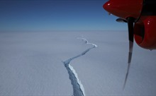 Tảng băng trôi khổng lồ có diện tích gấp 20 lần Manhattan tách khỏi Nam Cực