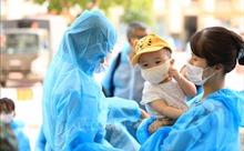 Chăm sóc dinh dưỡng cho trẻ đang tuổi bú mẹ như thế nào trong mùa dịch COVID-19?