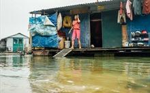 Quy hoạch sông Hồng: Người dân xóm nổi ngụ cư sẽ về đâu?