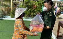 TP Hồ Chí Minh: Thăm và tặng quà cho gia đình chính sách trên xã đảo Thạnh An nhân ngày 27/7