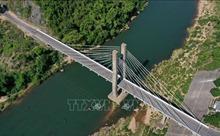 Cầu treo Đakrông - biểu tượng của núi rừng miền Tây Quảng Trị