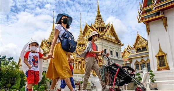Thái Lan hối thúc du khách bị mắc kẹt sớm làm thủ tục...