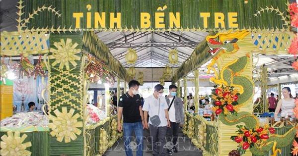 Sản phẩm OCOP và đặc sản Bến Tre chào hàng tại TP Hồ Chí Minh
