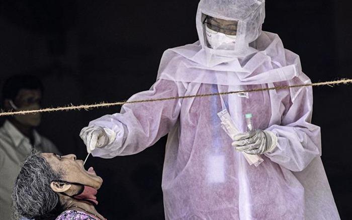 COVID-19 đến 6h sáng 30/9: Châu Âu tăng mạnh ca nhiễm mới, Mỹ Latinh trên đà ''giảm nhiệt''''