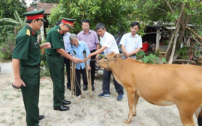 Xoa dịu nỗi đau cho nạn nhân bom, mìn tỉnh Quảng Bình
