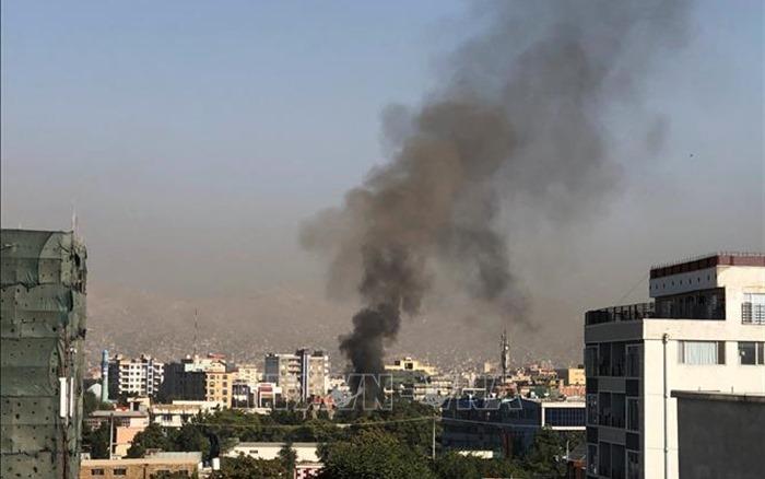 Xe ô tô vướng mìn bên đường ở Afghanistan, 15 người thiệt mạng