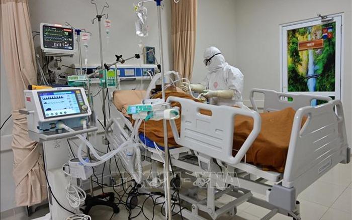 Số ca mắc COVID-19 ở Nga, Indonesia và Philippines tiếp tục tăng cao