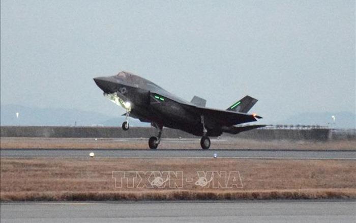 Chiến đấu cơ F-35B của Mỹ rơi do va chạm với máy bay tiếp liệuở độ cao 1.600m